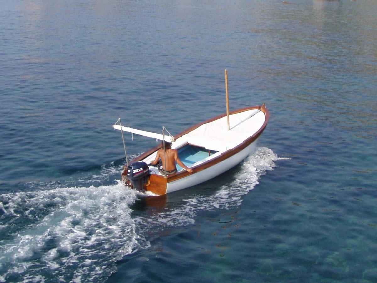 noleggio-lance-marina-del-cantone